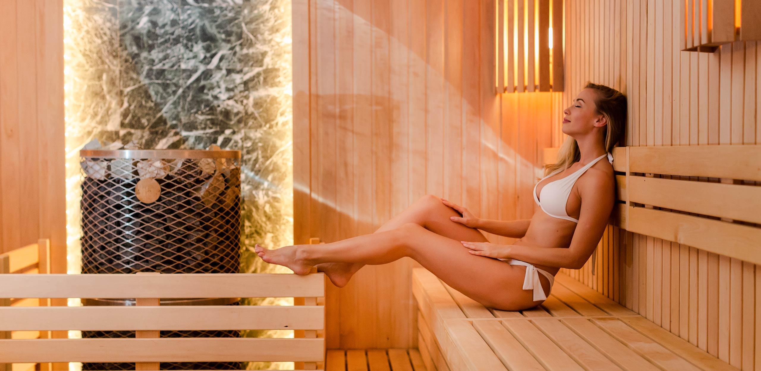 iki-kiuas-sauna-woman